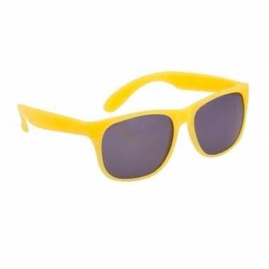 Gele zonnebril carnavalskleding roosendaal
