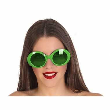 Groene ronde verkleed zonnebril carnavalskleding roosendaal