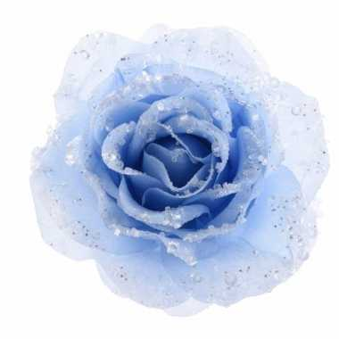 Kerstboom decoratie roos ijsblauw carnavalskleding roosendaal