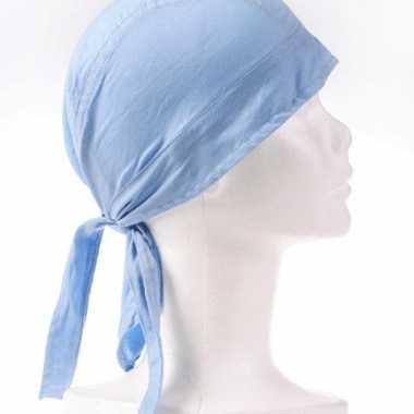 Carnavalskleding lichtblauw gekleurde bandana roosendaal