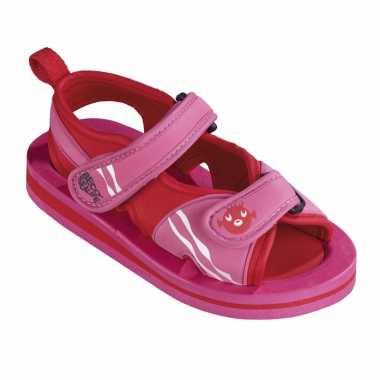 Carnavalskleding roze watersandalen waterschoenen baby peuter roosendaal