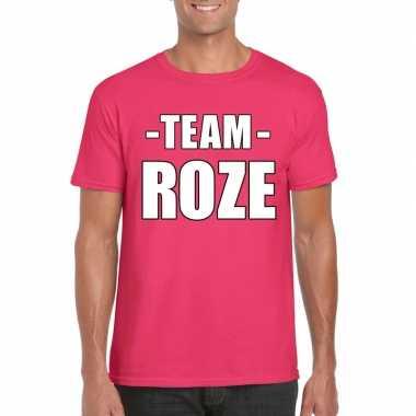 Carnavalskleding sportdag team roze shirt heren roosendaal
