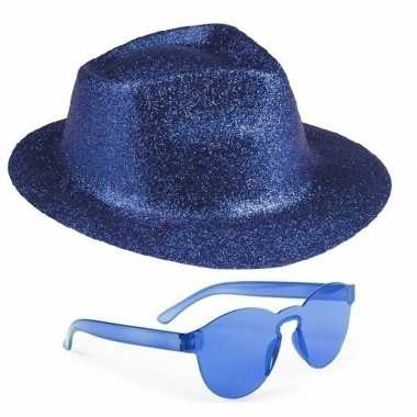 Toppers blauw trilby glitter party hoedje blauwe zonnebril carnavalsk
