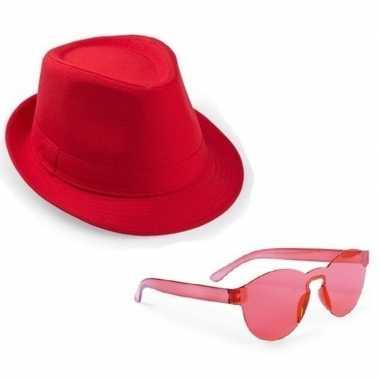 Toppers rood trilby party hoedje rode zonnebril carnavalskleding roos