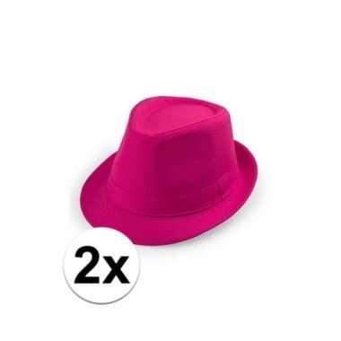X toppers roze trilby hoedjes carnavalskleding roosendaal
