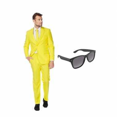 Geel heren carnavalskleding maat (xxxxl) gratis zonnebril roosendaal