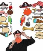 Carnavalskleding foto prop set piraat roosendaal 10151863