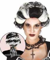 Carnavalskleding halloween markies vampier dracula damespruik roosendaal