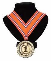 Carnavalskleding kampioensmedaille nr aan oranje rood wit blauw lint roosendaal