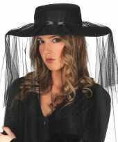Carnavalskleding zwarte weduwe hoed sluier dames roosendaal